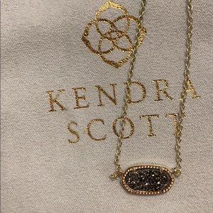 Kendra Scott Jewelry - Kendra Scott Elisa Pendant Necklace